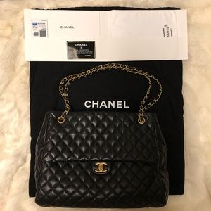 💯 Authentic Chanel Large Lambskin shopping bag